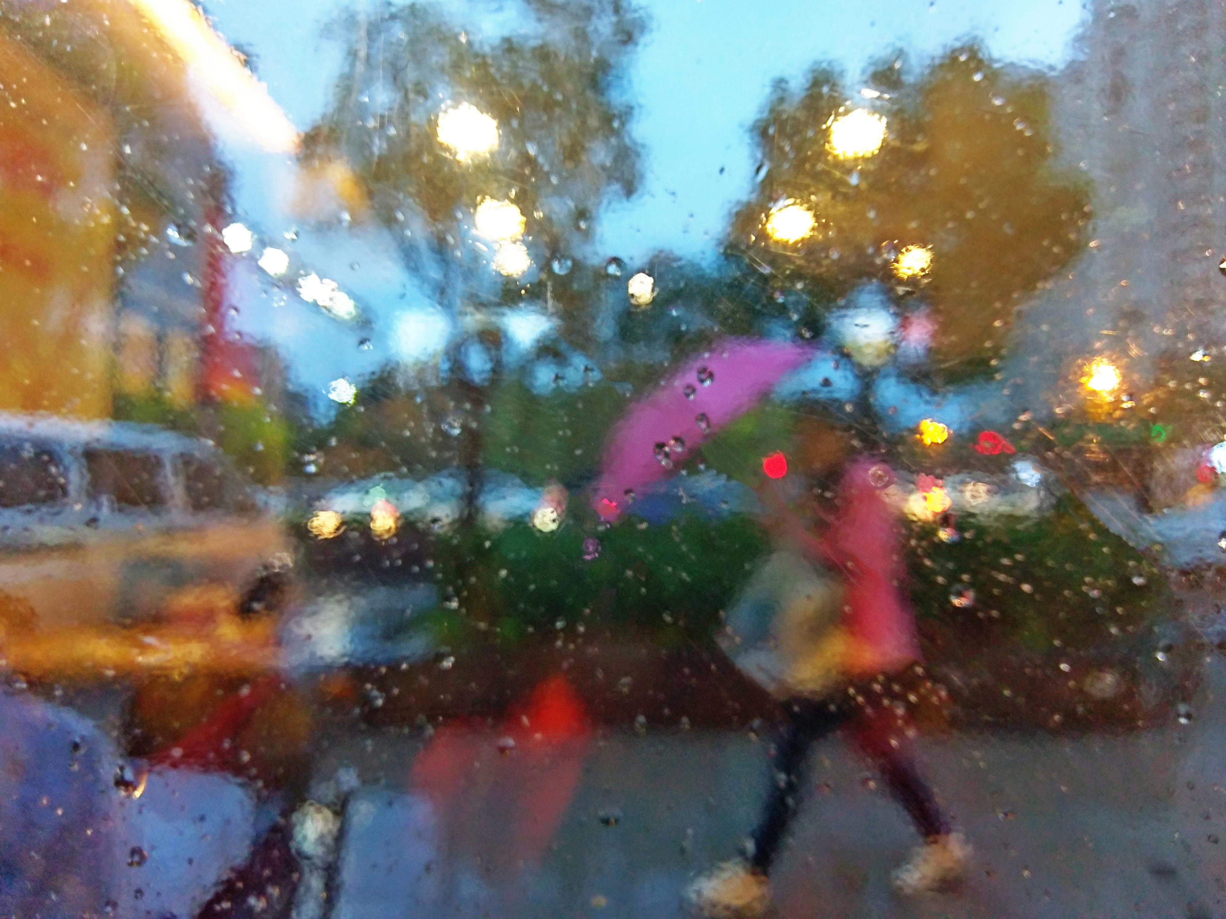 雨夜行(歪诗一首)